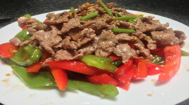 Kết quả hình ảnh cho thịt bò xào ớt chuông
