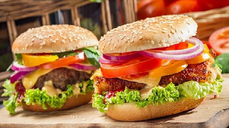 Tự làm hamburger tại nhà, tại sao không?