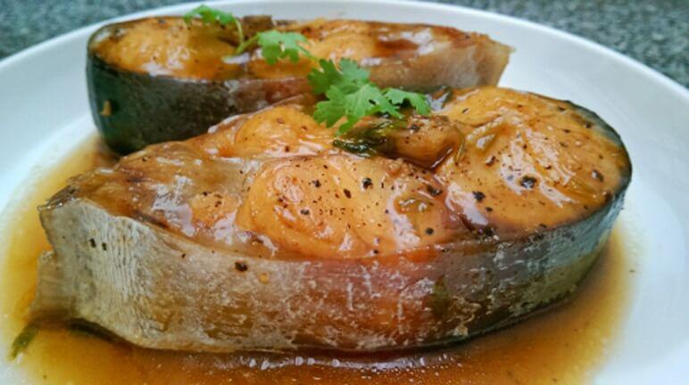 Đậm đà, ngon miệng với món cá basa kho nghệ