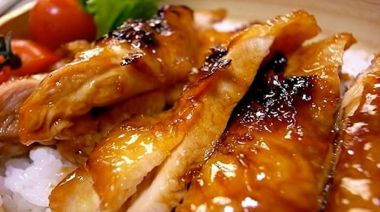 Cách làm gà quay lu tại nhà cho bữa ăn thêm ngon miệng