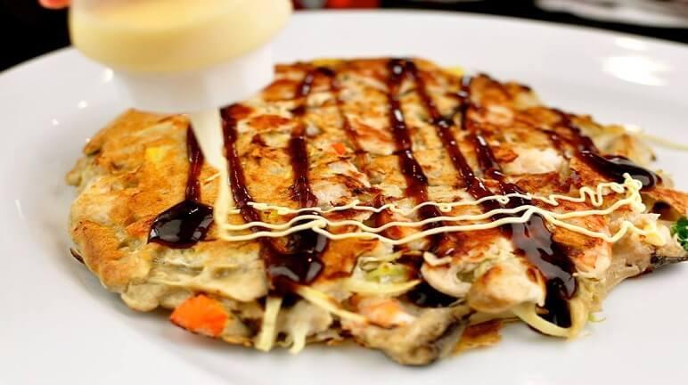 Học ngay cách làm bánh xèo nhật bản okonomiyaki ngon ngất ngây