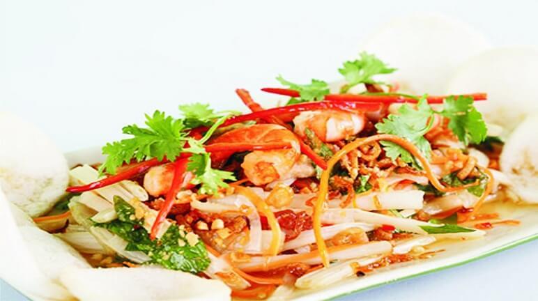 Đổi món với gỏi tôm mực Thái Lan
