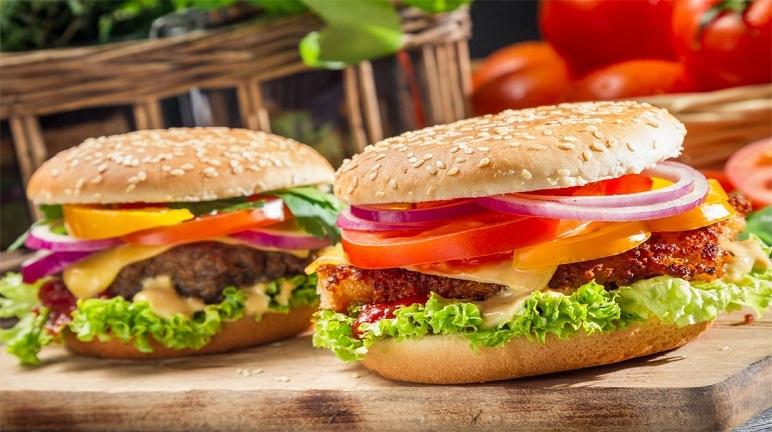Bữa sáng siêu nhanh với cách làm hamburger thịt bò
