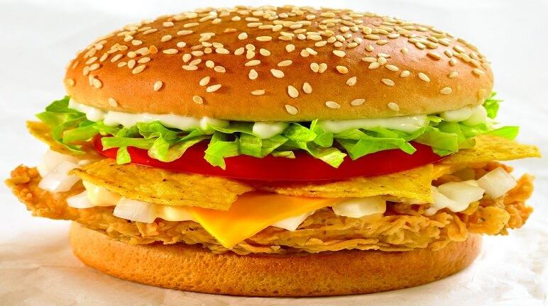 Cách làm bánh hamburger gà ngon hơn hàng quán