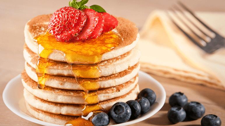 Làm pancake mềp xốp, thơm ngọt cho bữa sáng đầy hứng khởi