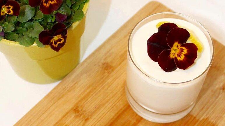 Cách làm yaourt ngon ngất ngây chiêu đãi bạn bè