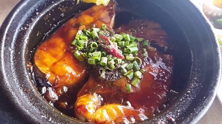 Cách làm cá diêu hồng kho tiêu cực hấp dẫn lại dễ làm