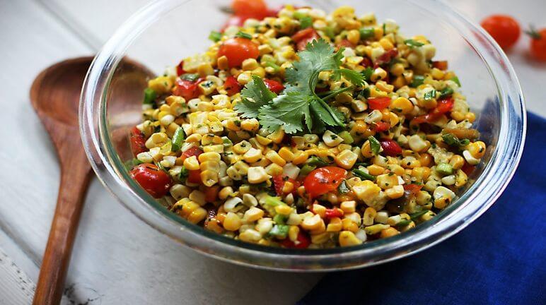 Ngon miệng với cách làm món salad bắp nướng kiểu Mexico