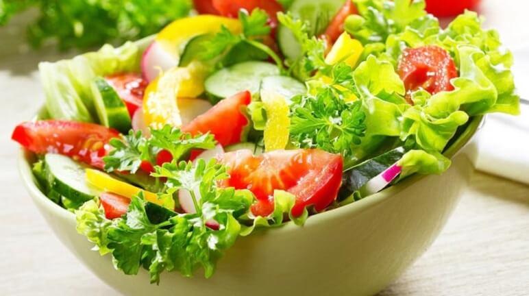 Cách làm salad trộn dầu giấm chống ngấy hiệu quả