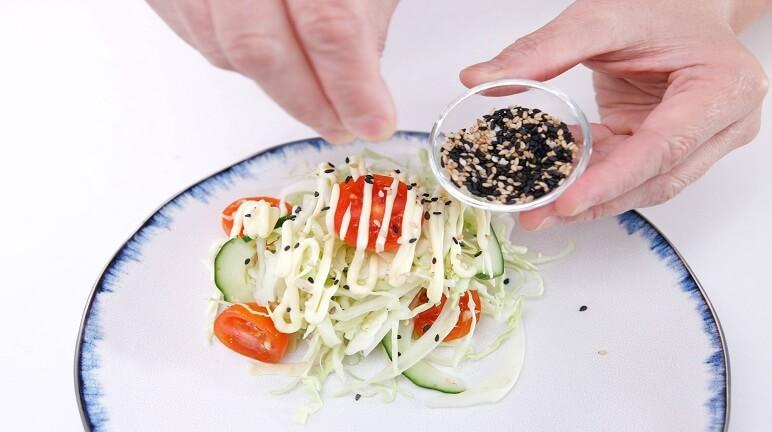 Cách làm salad bắp cải trộn mayonnaise ngon như ngoài hàng quán