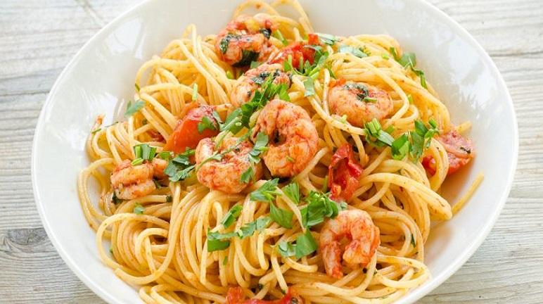 Cách làm mì Ý spaghetti sốt tôm tươi thật ngon