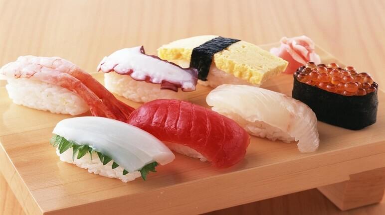 Sushi nắm nigirizushi- Tươi ngon bỗ dưỡng cho gia đình đổi gió