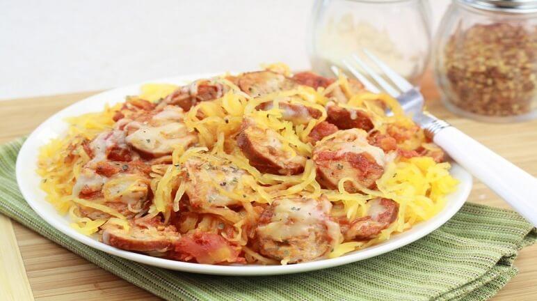 Cách làm món mỳ Ý xiên xúc xích cực ngon lạ mắt