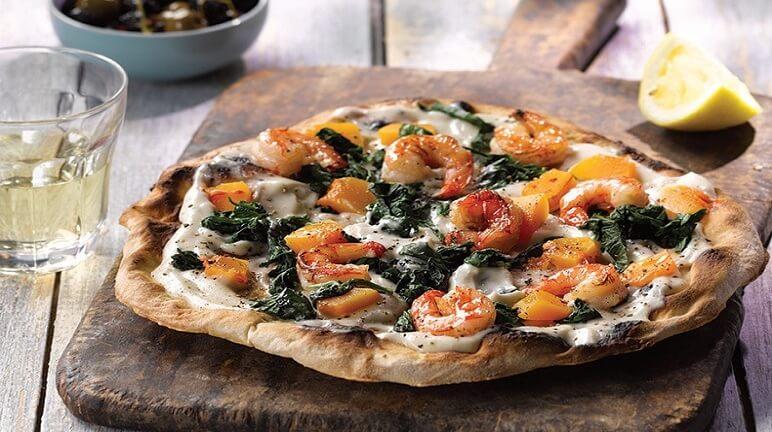 Cách làm bánh pizza tôm đúng kiểu Ý cho ngày cuối tuần