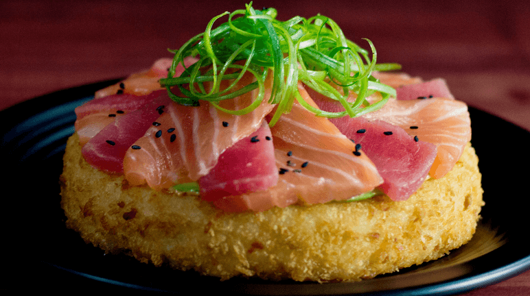 Cách làm món kết hợp sushi và pizza độc đáo và lạ miệng