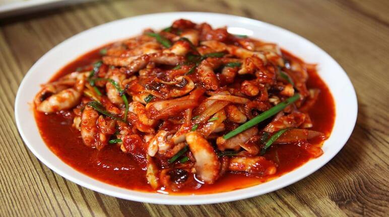 Bạch tuộc xào cay kiểu Hàn siêu ngon đến miếng cuối cùng