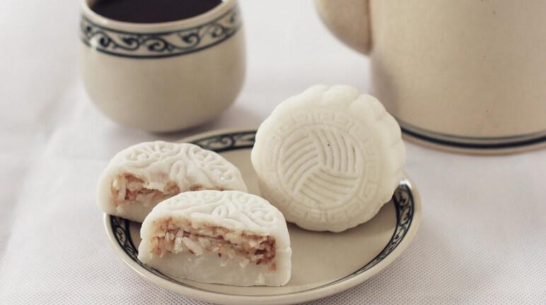 Trung Thu ấm áp với cách làm bánh trung thu nhân đậu trắng cực ngon