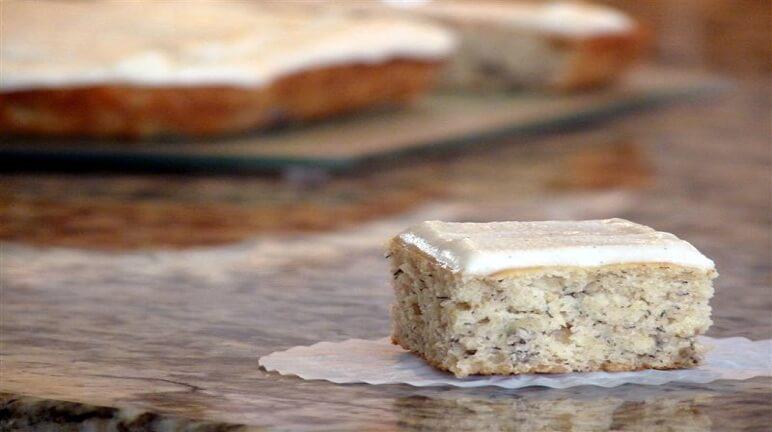 Cách làm bánh kem vani chuối thơm ngon cuối tuần