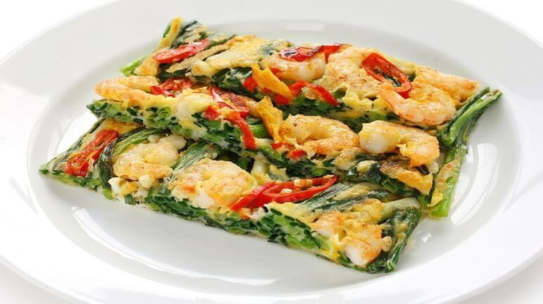 Thưởng thức hương vị độc đáo của món bánh xèo hải sản Hàn Quốc