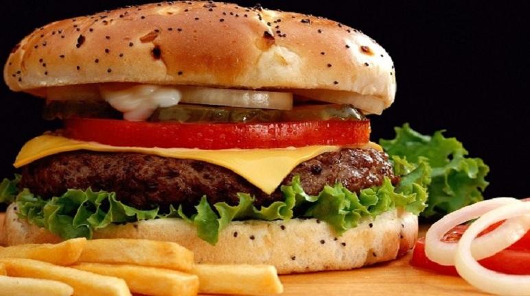 Cách làm hamburger trứng siêu hấp dẫn đầy dinh dưỡng