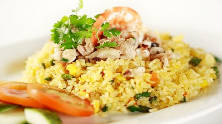 Thử ngay cách làm cơm chiên dương châu ngon ngay siêu dễ