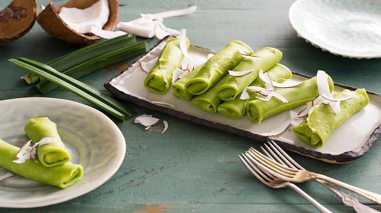 Cách làm bánh crepe lá dứa Kuih dadar thơm ngon
