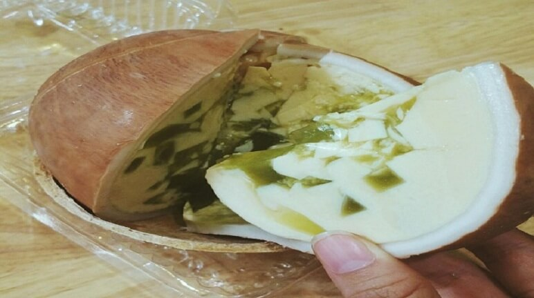 Cách làm bánh flan dừa thơm ngon béo ngậy lạ mắt