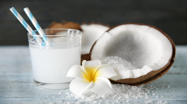 Hướng dẫn cách làm sinh tố dừa thơm ngon bổ dưỡng