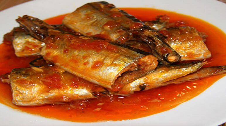 Cách làm cá biển kho cà chua không còn mùi tanh
