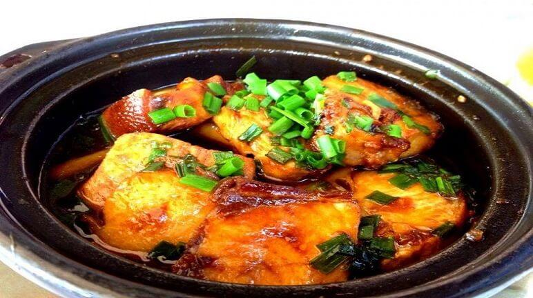 Cách làm cá trê kho tươngđậm đà hương vị đồng quê