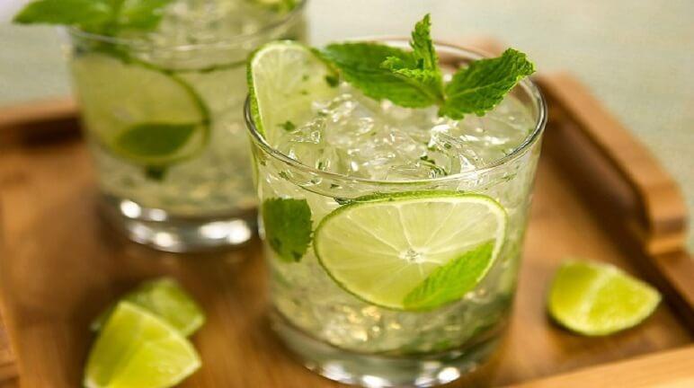 Cách làm soda chanh mật onggiải khát mùa hè