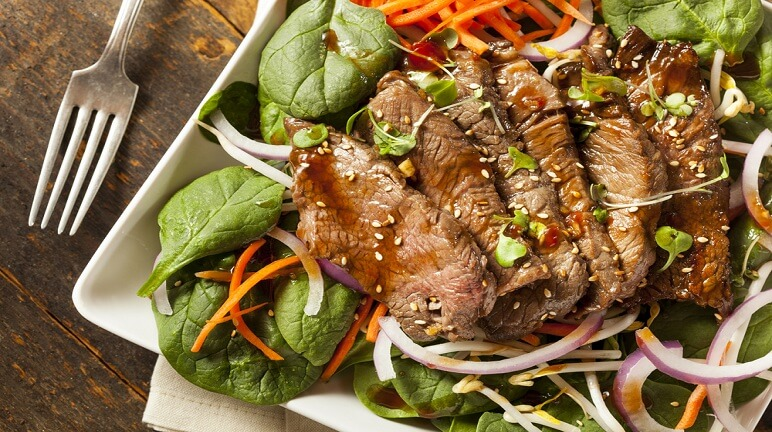 Hướng dẫn làm salad thịt bò thơm ngon tốt cho sức khỏe