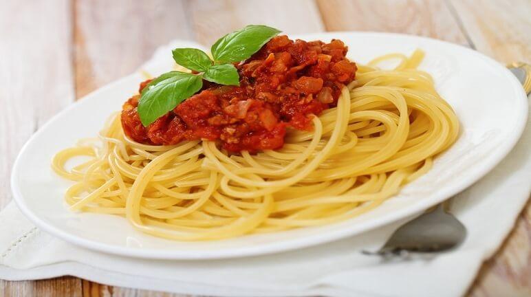 Hướng dẫn làm mỳ Ý sốt bò băm đậm phong cách của nước Ý