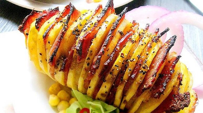 Khoai tây kẹp thịt nướng kiểu này lạ lạ mà ngon 'bá cháy', ai cũng mê!