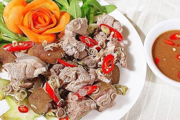 Cùng làm phong phú bữa ăn hàng ngày cùng cách làm thịt cừu xào sả - Món Ngon